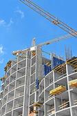 Kran och konstruktion webbplats — Stockfoto