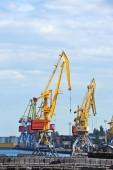 Cargo crane — Stockfoto