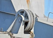 Cable winch of  floating crane — Stock Photo