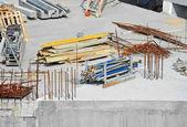 Förstärkning och anläggningsmaskiner — Stockfoto