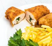 Kyckling Kiev med rostad potatis 9 — Stockfoto