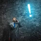 Empresário falando no celular — Foto Stock