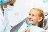 Dentist inspecting patient — Foto de Stock