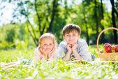 Kids at picnic — Stock Photo
