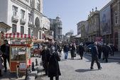Concurrida calle de Estambul, Turquía — Foto de Stock