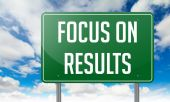 Focus on Results in Highway Signpost. — Stock Photo