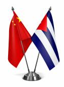 China and Cuba - Miniature Flags. — Zdjęcie stockowe