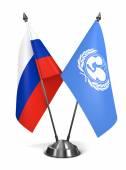 Rosja i Unicef - miniaturowe flagi. — Zdjęcie stockowe