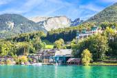 View of the village at Wolfgangsee Lake — Stock Photo