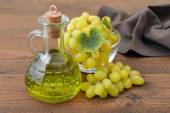 Grape seed oil — Stock Photo