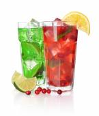 Drink with lime and cranberry — Stockfoto