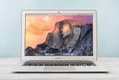 Apple MacBook Air Early 2014 — Fotografia Stock