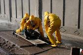 Homem em roupa de proteção química — Foto Stock