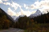 雲の山ピーク — ストック写真