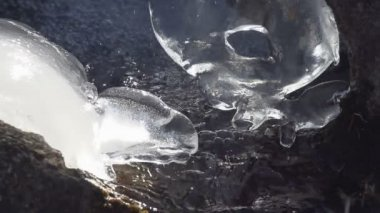 Frozen Mountain Stream. — Stock Video