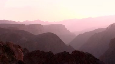 Gorge canyon in  light haze sunny — Stock Video