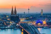 Cologne at dusk — Stockfoto