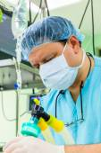Anesthesiologist in operation room — Stock Photo
