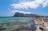 Beach and Mediterranean sea in San Vito Lo Capo, Sicily, Italy — Stock fotografie