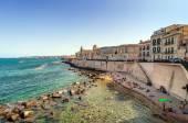 Ortigia and Mediterranean sea in Syracuse, Sicily, Italy — Stock Photo