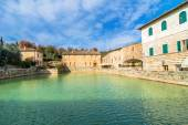Bagno Vignoni medieval village in Tuscany — Stock Photo