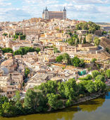 Toledo Cityscape with Alcazar — Stock Photo