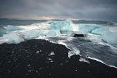 Iceberg beach — Stock Photo
