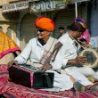 Music band of elderly Rajasthan musicians play songs — Stock Photo #76592469