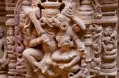 Hindu gods kissing with tongues on bas-relief of 12th century — Stock Photo