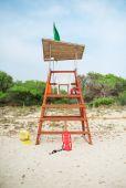Empty lifeguard tower on the beach. — Stock Photo