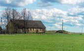 Traditional eastern europe rural house. — Stock Photo