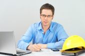 Male architect working at his workplace. — Stockfoto