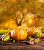 Scary hallowen pumpkins on wood — Stock Photo