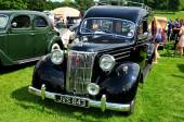 V8 Pilot vintage car — Stock Photo