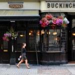 Traditional British pub — Stock Photo #58110219
