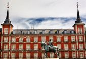 King Philip III Equestrian Statue Plaza Mayor Cityscape Madrid S — Stock Photo