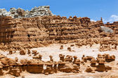 Blue Mountain Mushroon Shaped Hoodoos Goblin Valley State Park R — Stock Photo