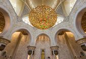 ABU DHABI, UAE - October 4, 2014: Sheikh Zayed Grand Mosque In — 图库照片