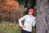 Jogging by the lake — Stok fotoğraf
