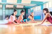 Pilates and yoga — Stockfoto