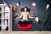 Office levitation — Stock Photo
