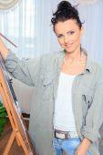 Female painter at work — Foto Stock