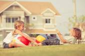 Happy kids playing on the grass. — Stock Photo