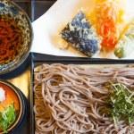 Soba noodle with fried shrimp — Stock Photo #66242863