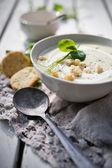 Cauliflower soup with peas — Stock Photo