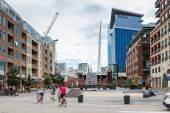 Jazda na rowerze w miejskich ulic — Zdjęcie stockowe