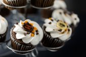 Chocolate Halloween cupcakes — Stock Photo