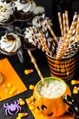 Chocolate drink in jack o' lantern shape cup with  marshmallows — Stock Photo