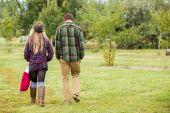 People walking at Apple farm — Stock Photo
