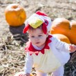 Cute kid in Halloween costume — Stock Photo #56262401
